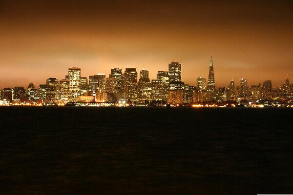 San Francisco - Stadt-Panorama bei Nacht