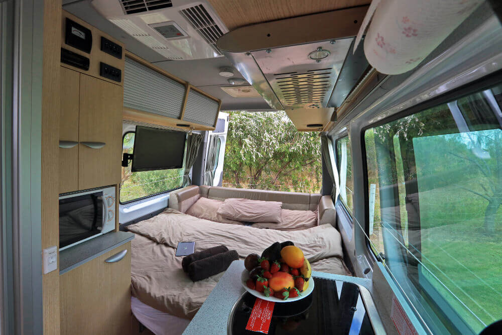 Doppelbett im Heckbereich des maui Ultima Plus