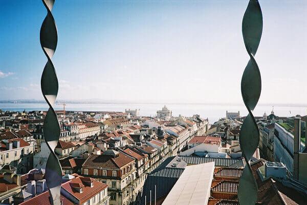 Schöner Ausblick über Lissabon vom Elevador de Santa Justa aus