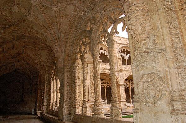 Mosteiro dos Jerónimos und seine verzierten Säulen
