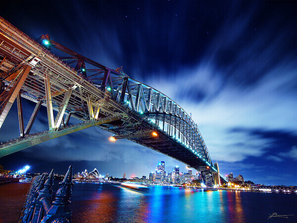 Harbour Bridge in Sydney bei Nacht