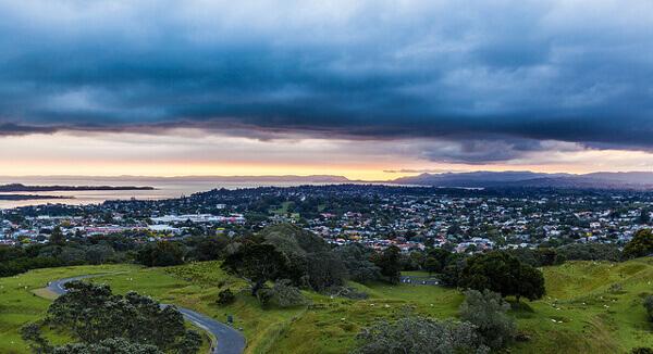 Blick auf Auckland vom One Tree Hill