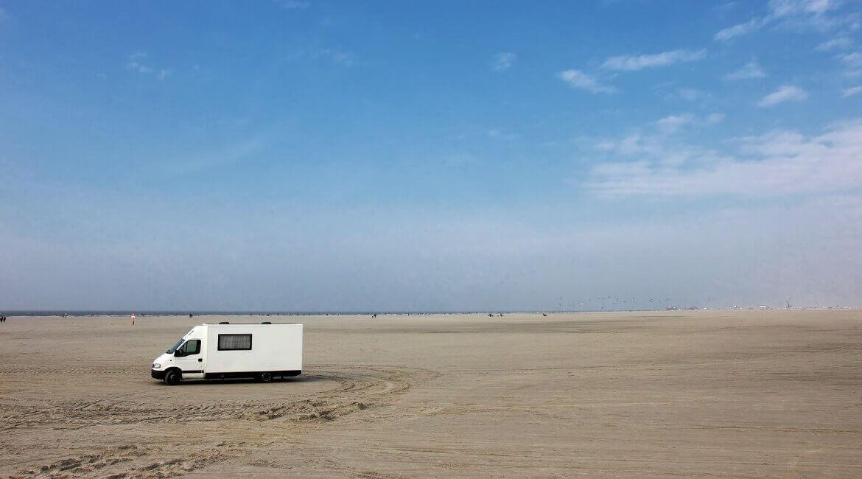 Urlaub mit dem Wohnmobil am Nordsee-Strand