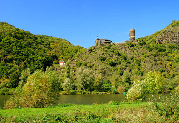 Burg Bishofstein an der Mosel