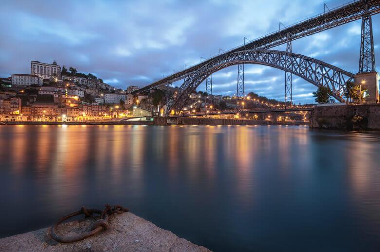 Ponte Dom Luís I am Abend