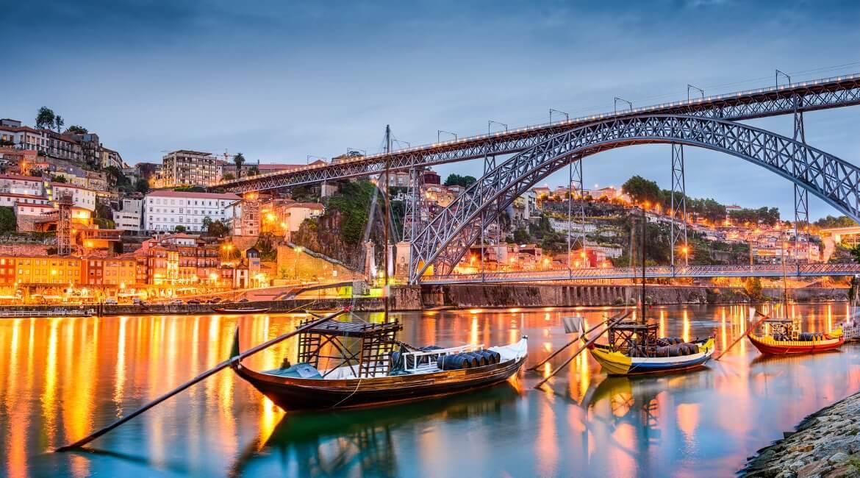 Porto, Portugal am Abend