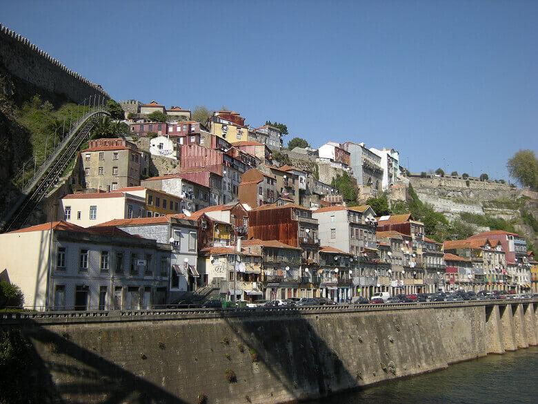 Ribeira am Douro-Ufer