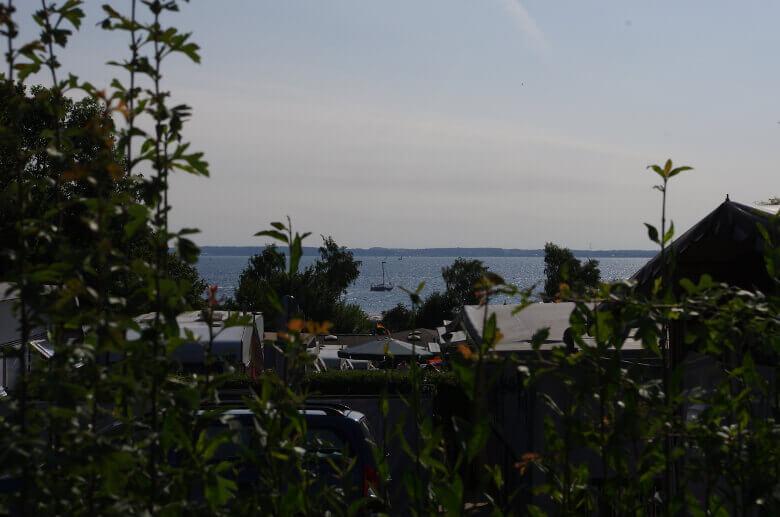 Campingplatz Am Strande mit direktem Blick aufs Meer