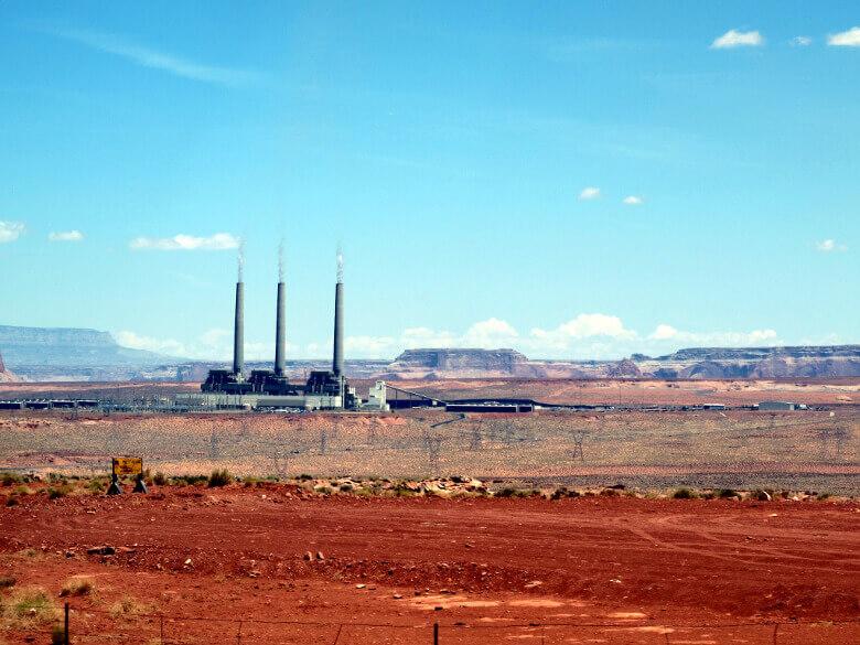 Das Kraftwerk der Navajo nahe des Antelope Canyons