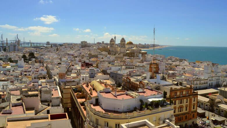 Panoramablick auf Cádiz