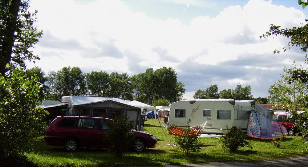 Parzellen auf dem Campingplatz Loissin