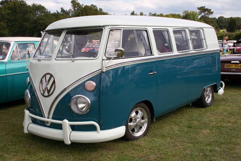 Türkisfarbener VW T1