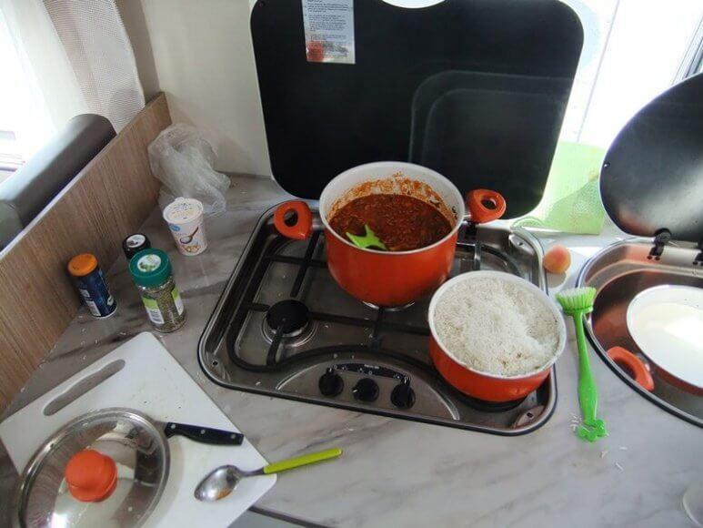 Kochen im Wohnmobil in der Schweiz