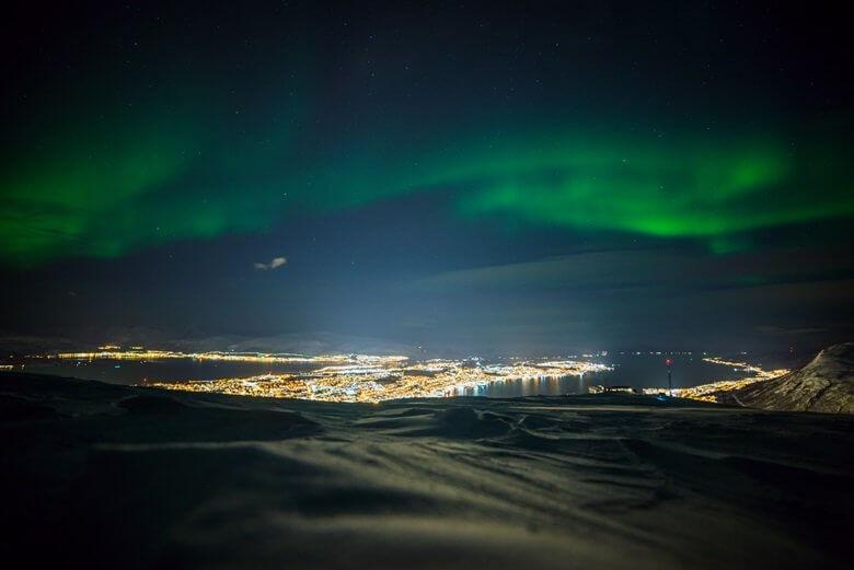 Polarlichter über Tromso in Norwegen