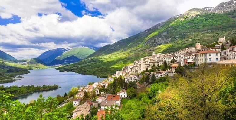 Lagi di Barrea in den Abruzzen in Italien