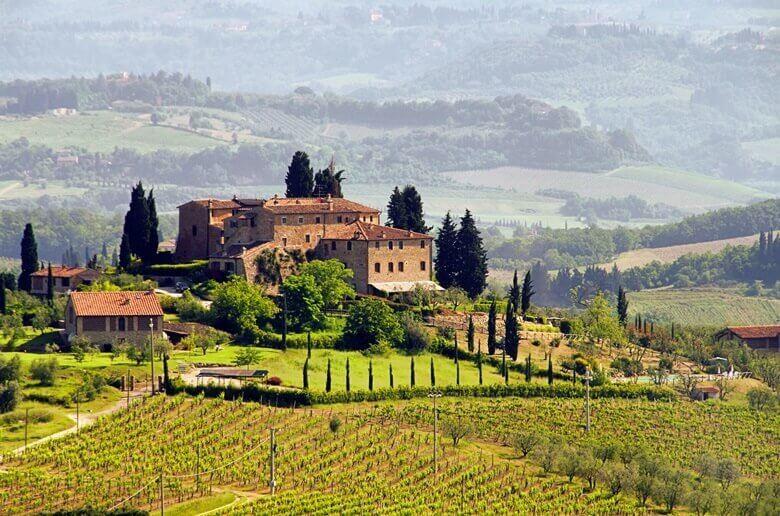 Weingut im Grünen in der Toskana in Italien