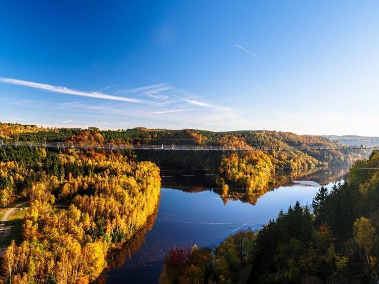 Herbstblick von Rappbodetalsperre auf Bode im Harz
