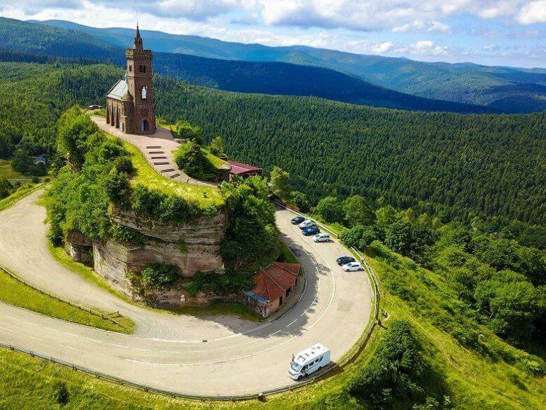 Die Felsenkirche Dabo in den französischen Vogesen